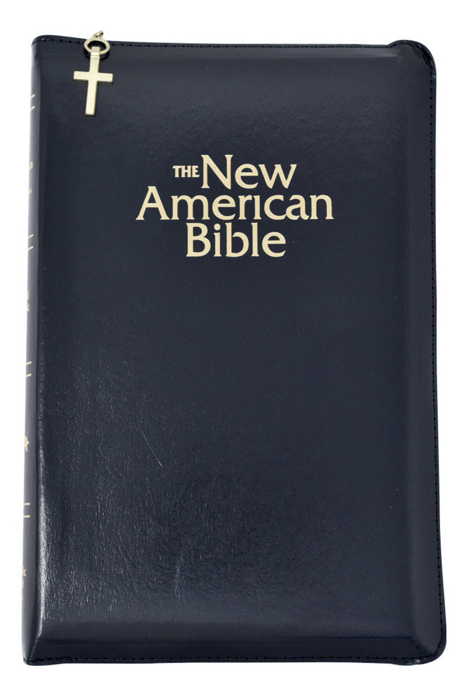The New American Bible Black W/ Zipper W2405Z