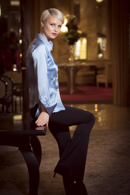 Limited Edition Shirt 100% Silk Capuaceleste Donna