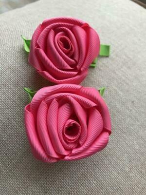 Dark pink rose clip