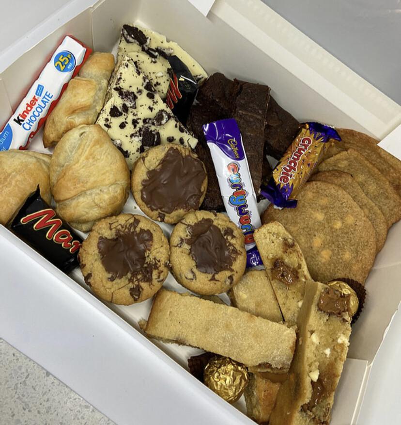 Mixed Treat Box (Lucky Dip)