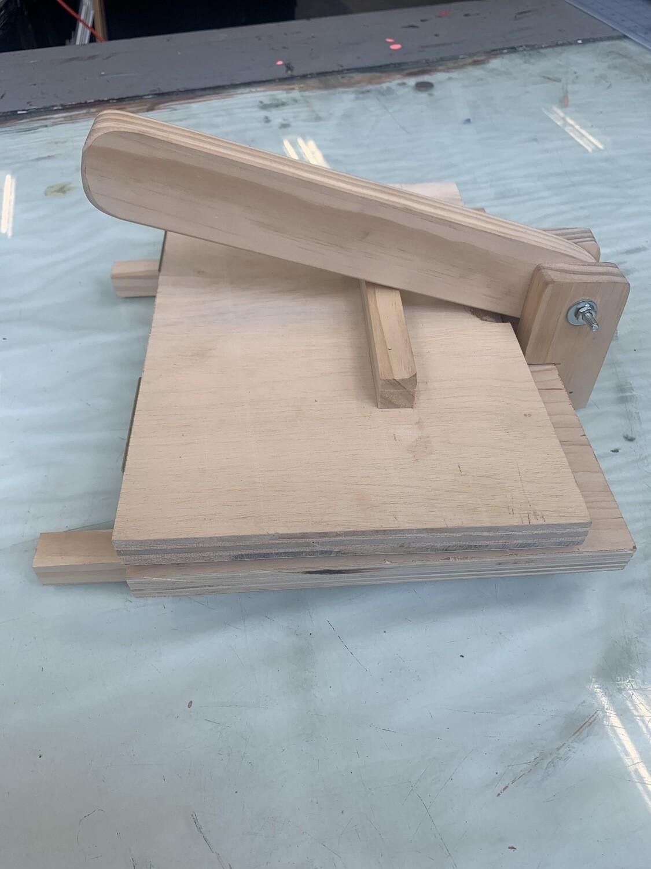"Medium Tortilla Press 5""x7"" printable"