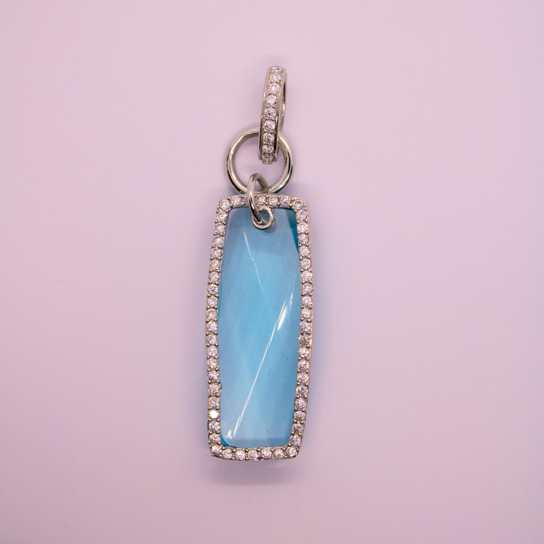 Ciondolo in argento con cristallo azzurro