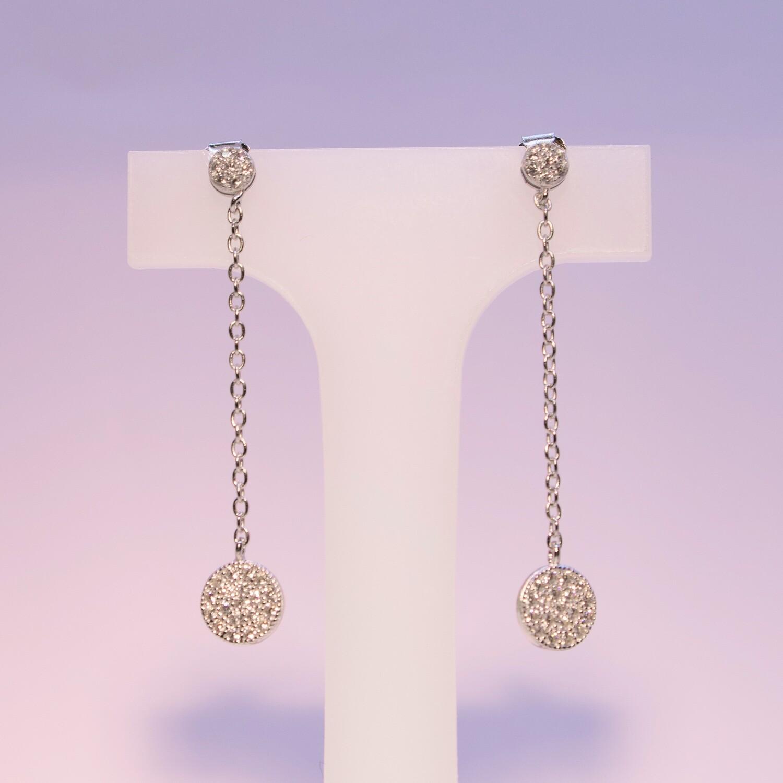 Orecchini pendenti in argento con pavè grande e piccolo in zirconi bianchi