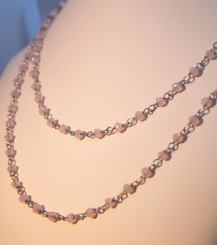 Collana in argento con cristalli quarzo rosa
