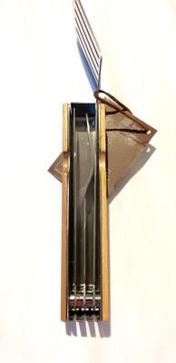 Praktisches Grillbesteck aus Edelstahl und Holz