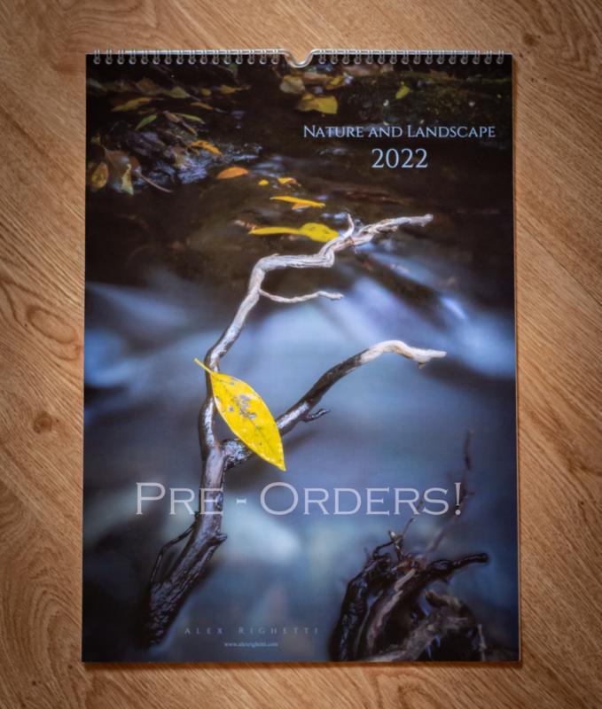 Calendar 2022 (Signed) - Alex Righetti