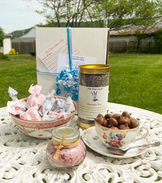 Tea Time Colonial Comfort Box