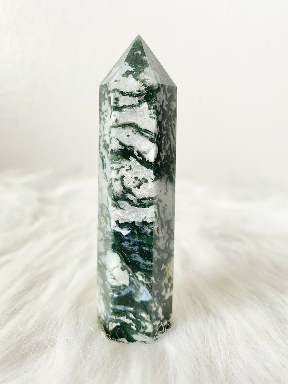 Party Streamers Moss Agate Tower