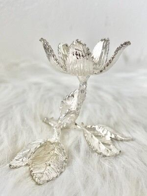 Silver Flower Sphere Stand
