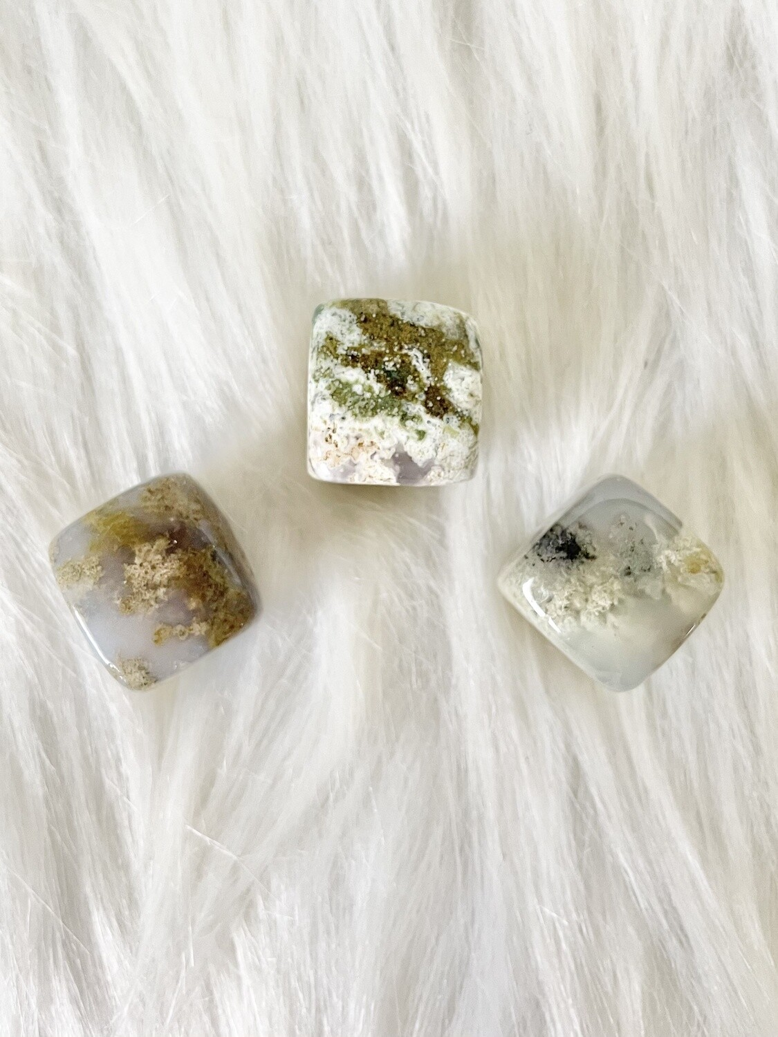 Hay Bale Moss Agate Cubes