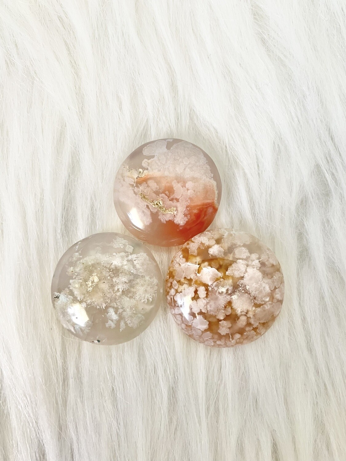 Type of Clouds Flower Agate Rounds