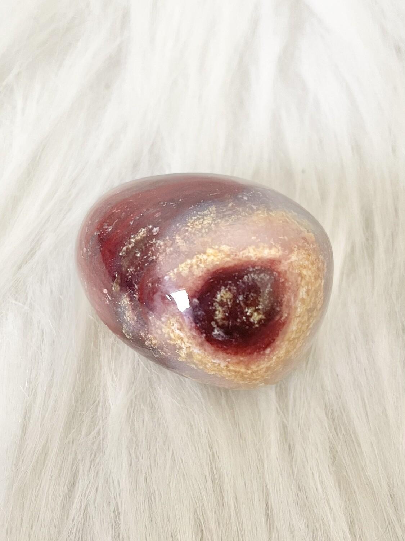 Cherry Nut Red Moss Agate Palmstone