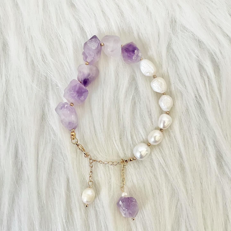 Violet Pearly Sky Amethyst & Pearl Bracelet
