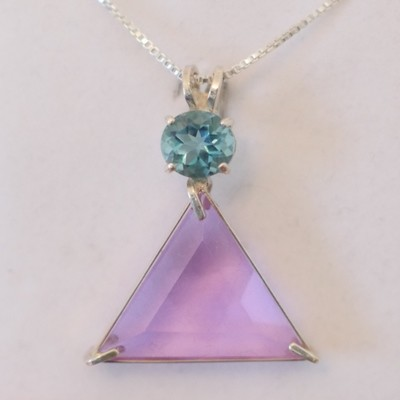 Ruby Lavender Vogel with Tibetan Blue