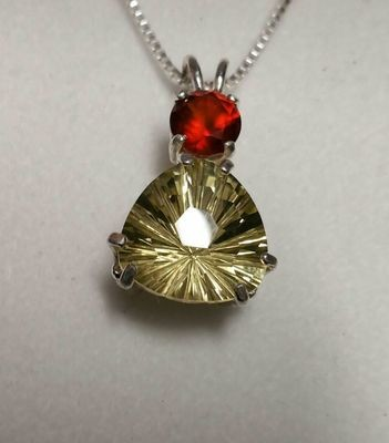 Citrine Super Nova Trillion Cut with Garnet