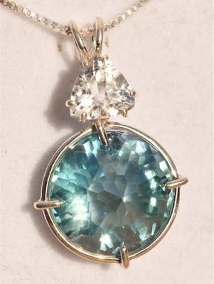 Aqua Aura Radiant Heart with Clear Quartz