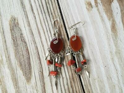 Natural agate stone earring