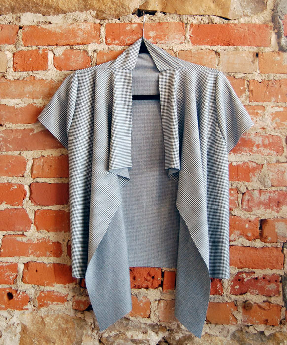 eShrug digital sewing pattern made in grey knit