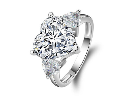 5CT HEART RING