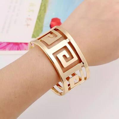 Amazed Bracelet