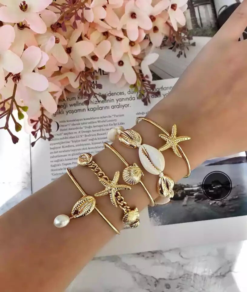Shellfish Beach Bracelets