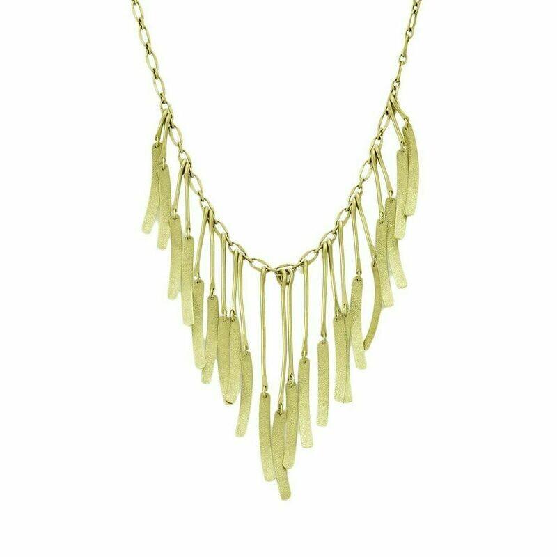 Necklace Alectrona