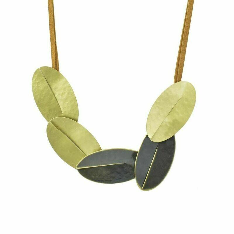 Necklace Hestia