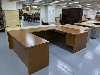 HON U-Shaped Desk