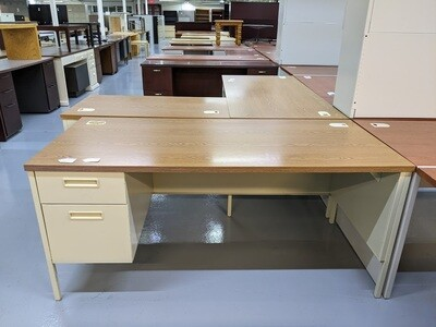 Standard Wood Desk with Drawers