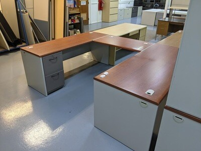 U-Shaped Desk Set