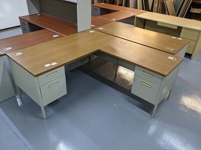 L-Shaped Desk with Drawers