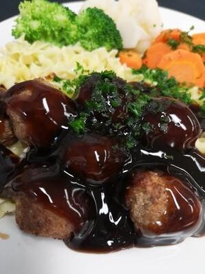 Teriyaki Meatballs with Vegetables & Egg Noodles