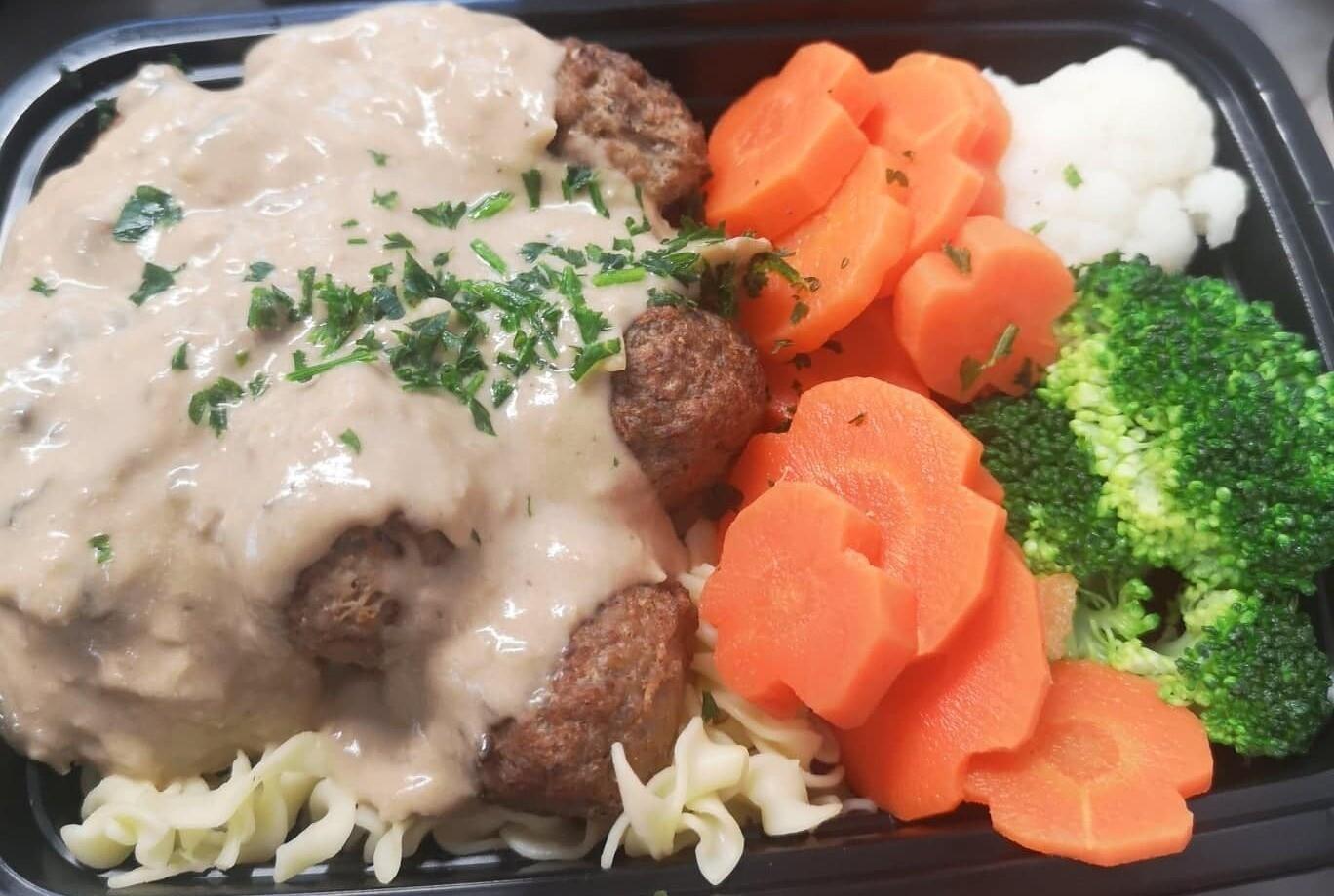 Meatballs Stroganoff with Vegetables & Egg Noodles