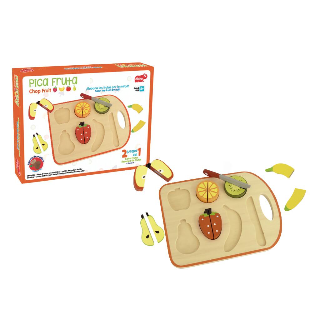 Pica Fruta en Tabla