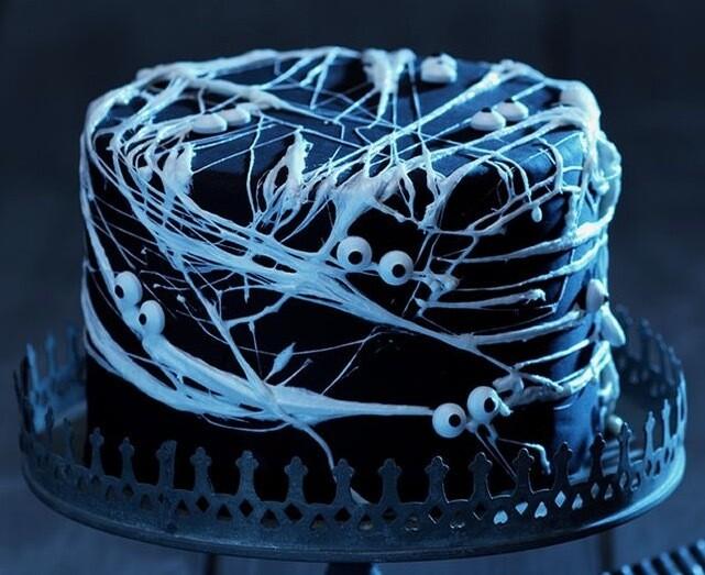 Spooky Halloween Web Cake - Sunday, October 30, 3-5pm