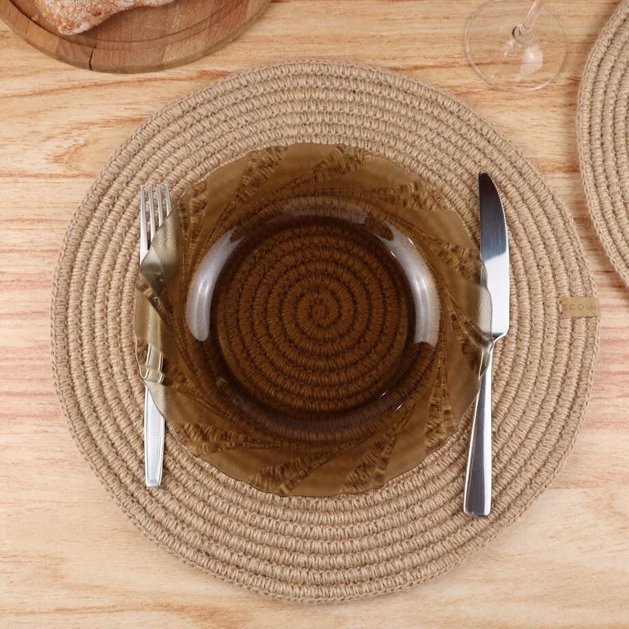 Круглая сервировочная салфетка из джута