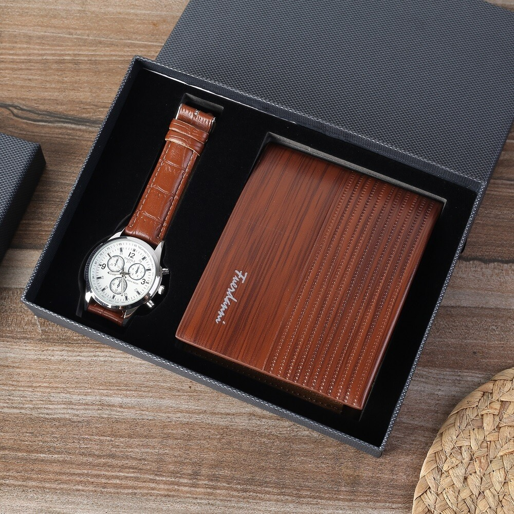 Business Gift Set Fashion Watch and Multi Card Wallet