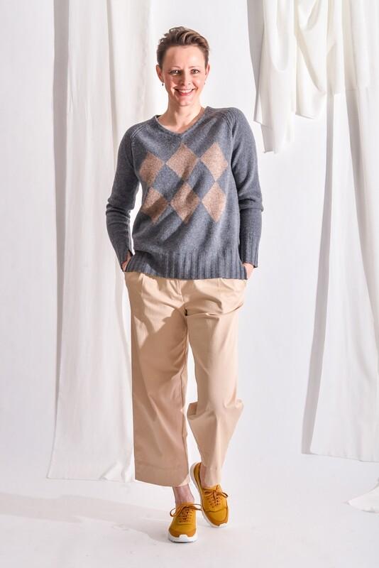 V-Pullover grau meliert