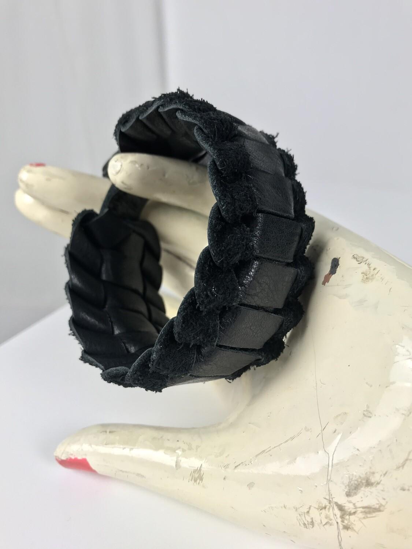 Armband breit geflochten