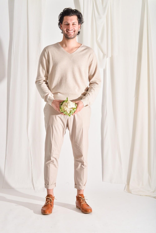 V-Pullover beige