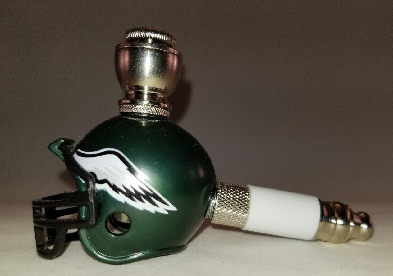 PHILADELPHIA EAGLES FOOTBALL HELMET SMOKING PIPE Mini/Nickel/White