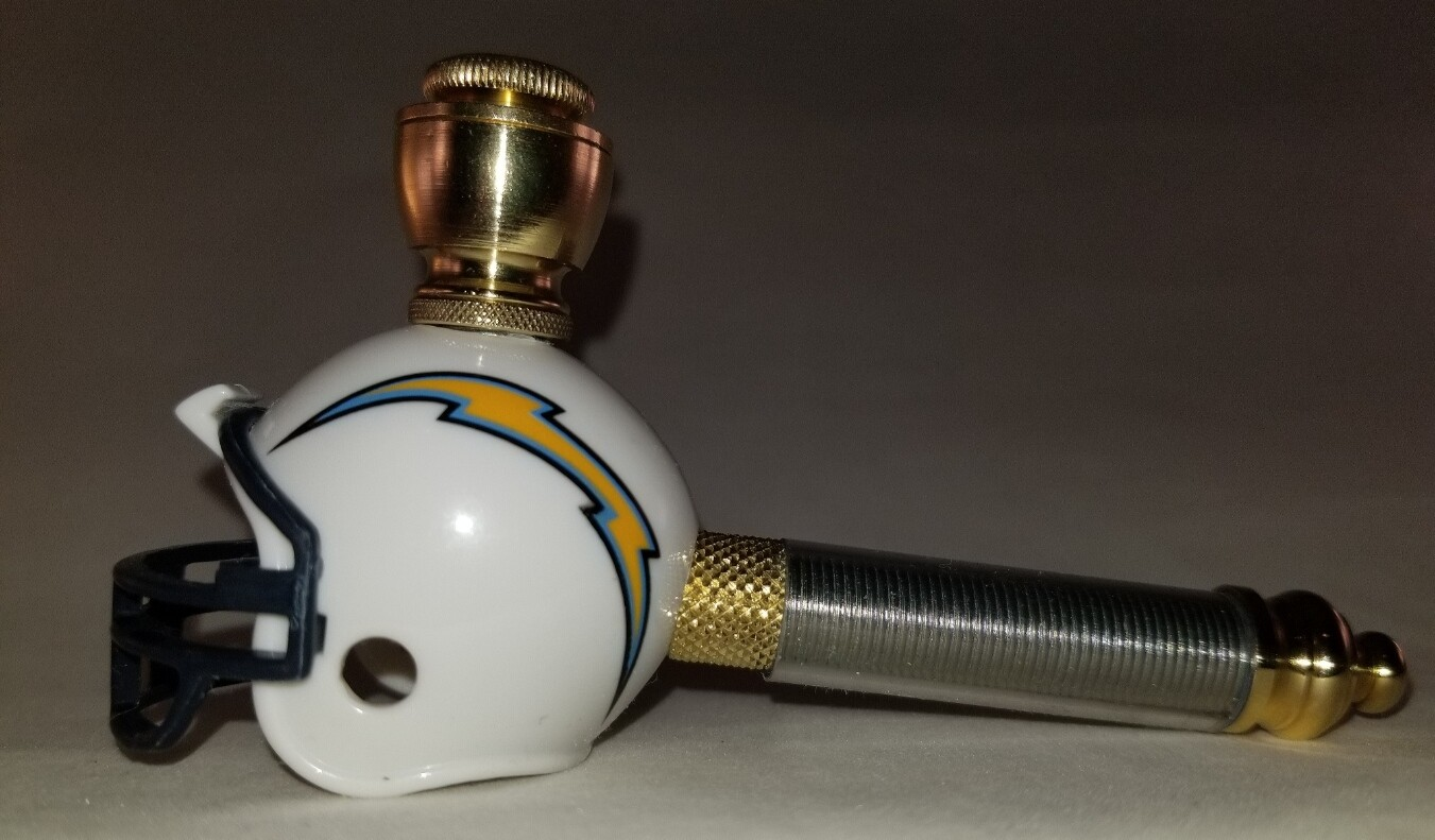 LOS ANGELES CHARGERS FOOTBALL HELMET SMOKING PIPE Long Stem/Brass/Clear