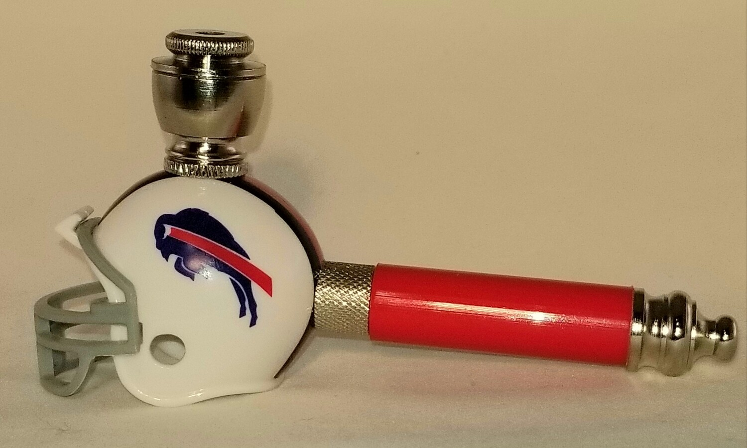 BUFFALO BILLS NFL FOOTBALL HELMET SMOKING PIPE Long Stem/Nickel/Red
