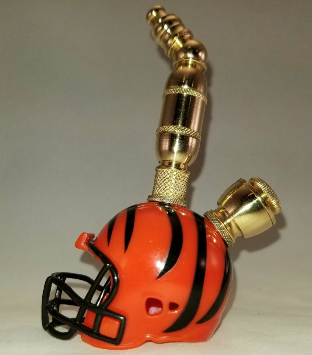 CINCINNATI BENGALS NFL FOOTBALL HELMET SMOKING PIPE Upright/Brass