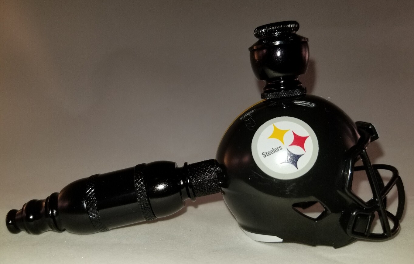 """PITTSBURGH STEELERS """"BAD ASS"""" NFL FOOTBALL HELMET SMOKING PIPE Straight/Black Anodized"""