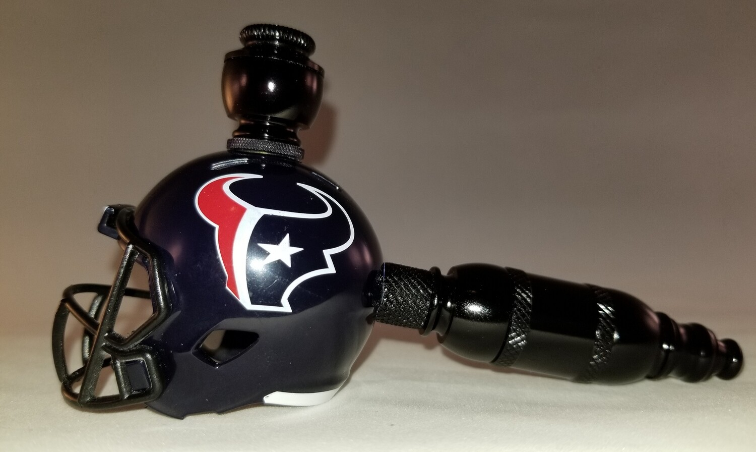"HOUSTON TEXANS NFL ""BAD ASS"" FOOTBALL HELMET SMOKING PIPE Straight/Black Anodized/"