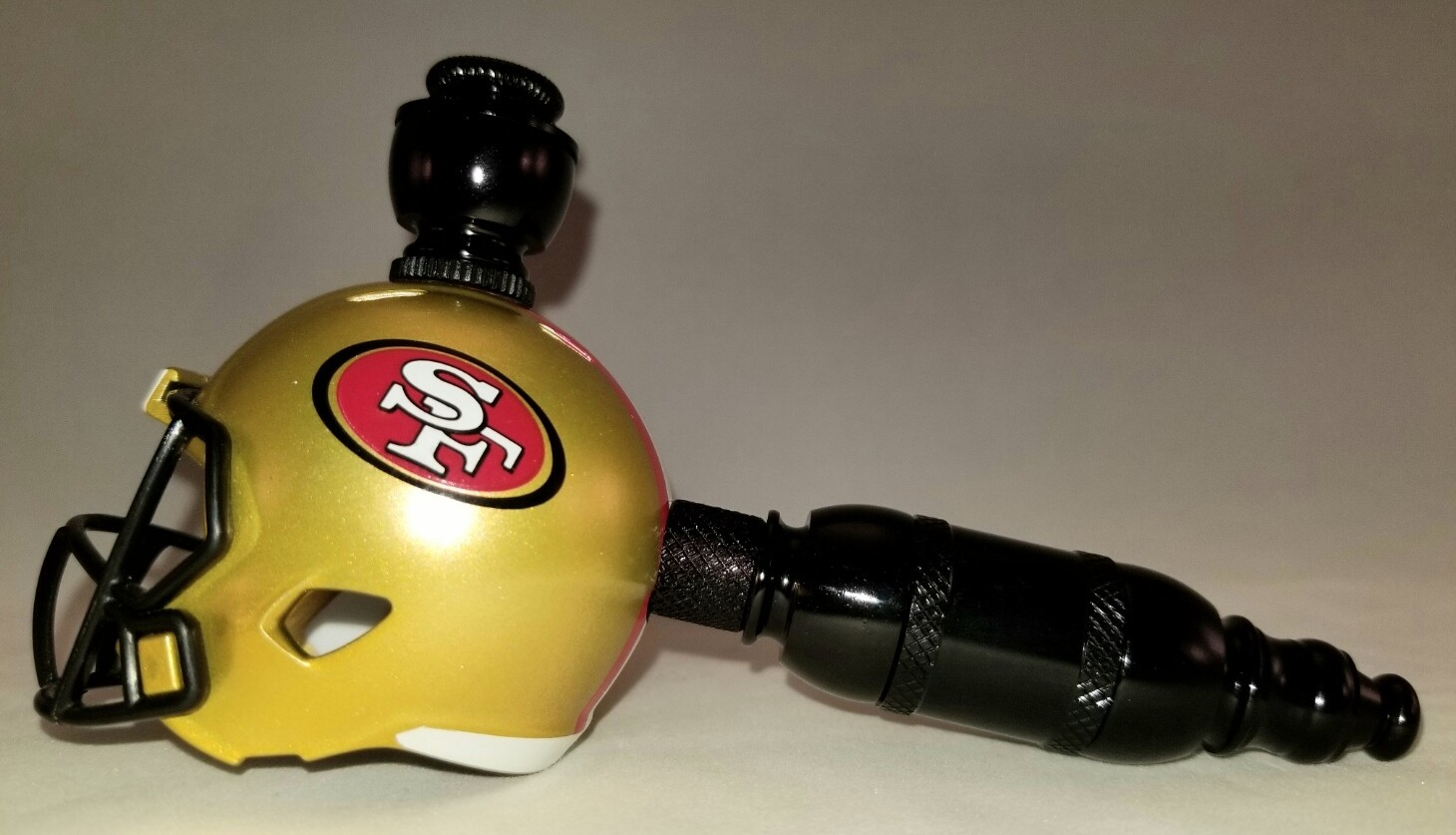"SAN FRANCISCO 49er's ""BAD ASS"" NFL FOOTBALL HELMET SMOKING PIPE Straight/Black Anodized"