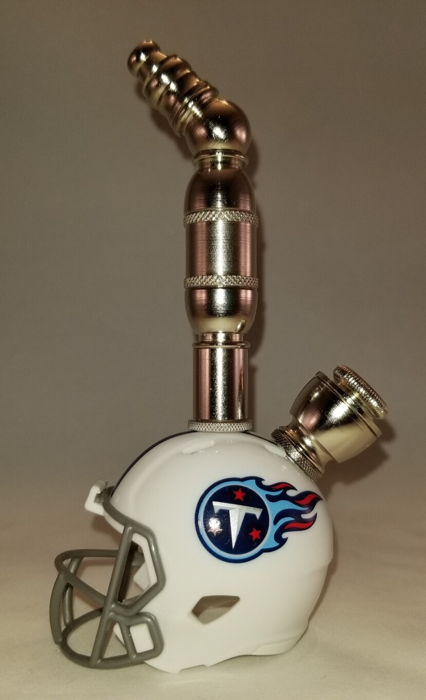 TENNESSEE TITANS NFL FOOTBALL HELMET SMOKING PIPE Upright/Nickel/White