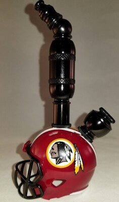 "WASHINGTON REDSKINS ""BAD ASS"" NFL FOOTBALL HELMET SMOKING PIPE Upright/Black Anodized"