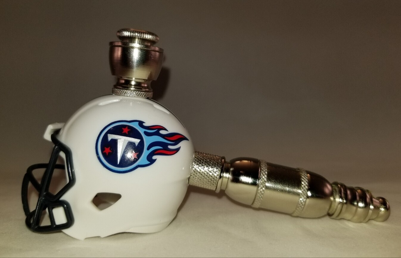 TENNESSEE TITANS NFL FOOTBALL HELMET SMOKING PIPE Straight/Nickel/White